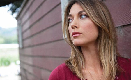 Natalie Zea aparecerá en Person of Interest