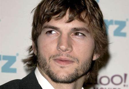 Ashton Kutcher sustituirá a Charlie Sheen en Dos Hombres y Medio