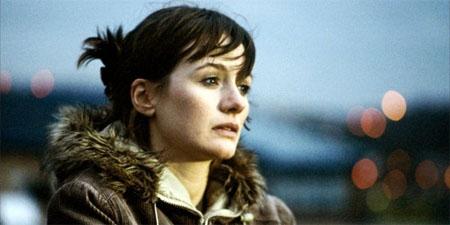 Emily Mortimer podría protagonizar el nuevo piloto de Aaron Sorkin