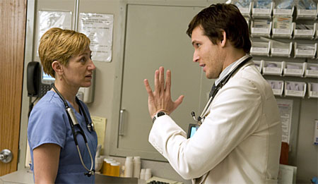 Showtime renueva Nurse Jackie y cancela United States of Tara