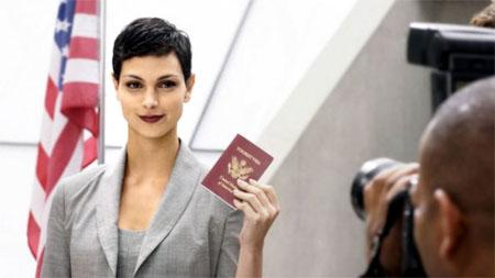 Morena Baccarin se une al reparto de Homeland