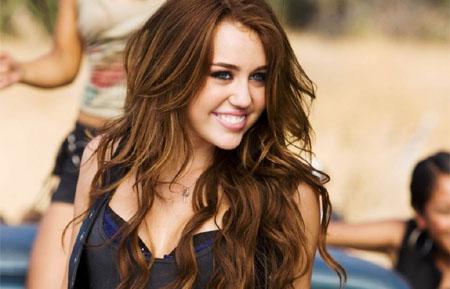Miley Cyrus podría protagonizar Bonnie & Clyde