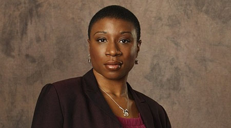 Aisha Hinds se une al reparto de Under the Dome