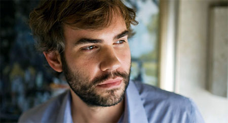 Rossif Sutherland se une al reparto de Reign