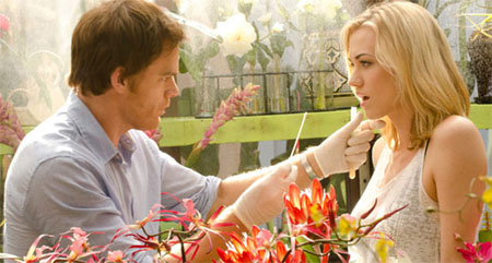 Yvonne Strahovski volverá en la octava temporada de Dexter