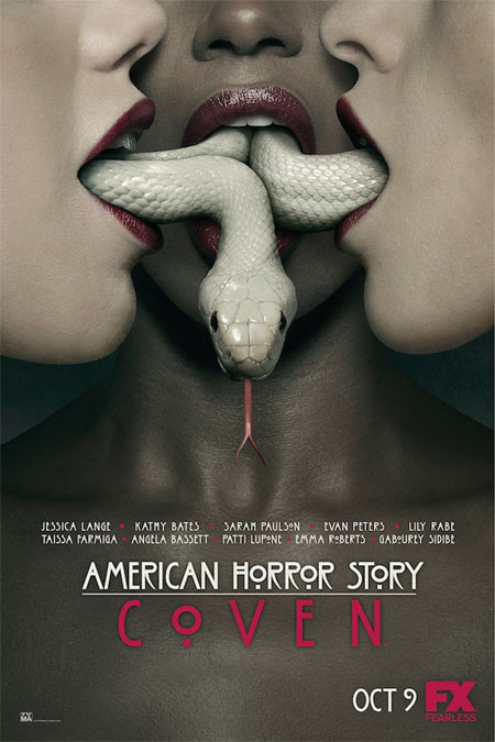 Póster oficial de American Horror Story: Coven