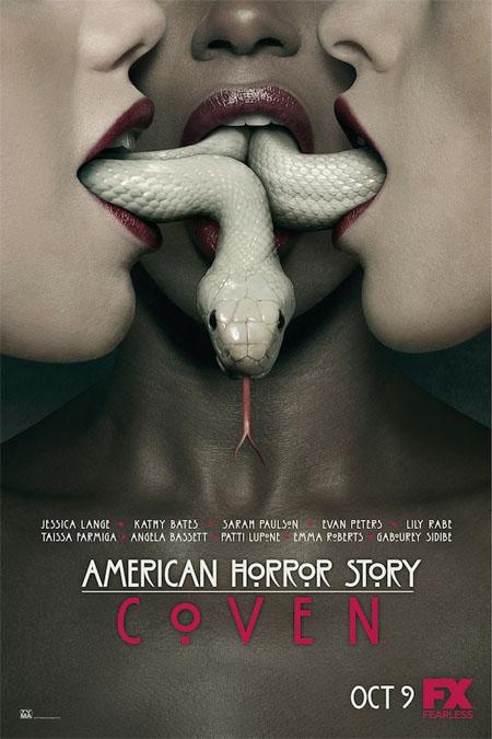 Póster oficial de American Horror Story: Coven